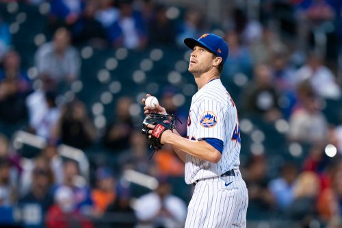 Mets' Jacob deGrom in line to start despite injury scare