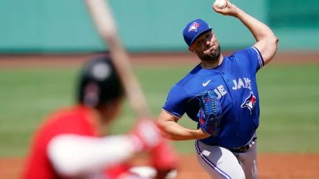 Ray pitches 6 strong innings in 1st game as Blue Jays, Red Sox split doubleheader
