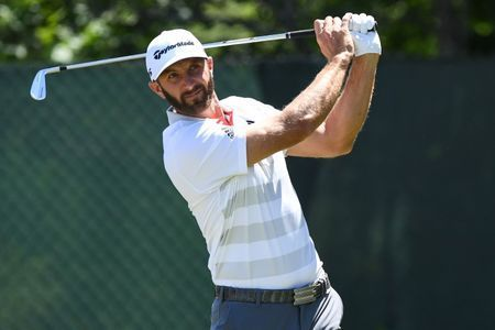 Johnson co-leader at U.S. Open as Woods, McIlroy, Spieth struggle