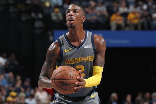Grizzlies Extend Qualifying Offer To Delon Wright