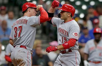 Joey Votto homers, drives in three for Reds in 10-2 drubbing of Brewers