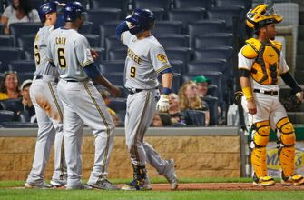 Manny Piña goes yard twice as Brewers shoutout Pirates in 12-0 win