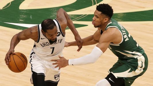 Giannis Antetokounmpo wants 'challenge' of guarding Kevin Durant after Game 5 domination