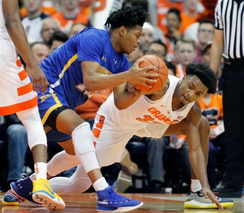 Battle, No. 16 Syracuse knock off Morehead State 84-70